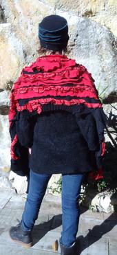 Echarpe frou-frou rouge et noire