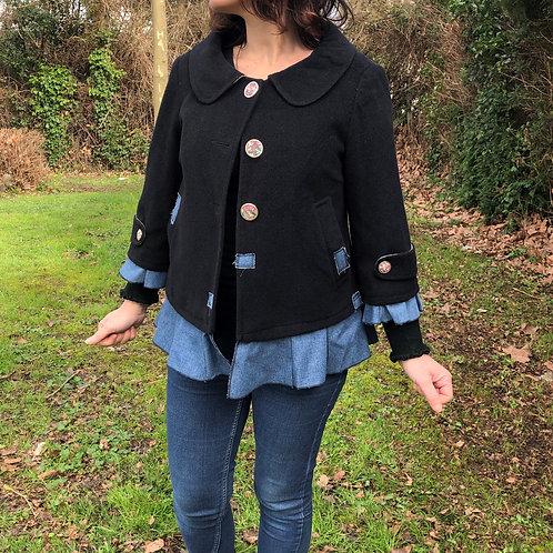 Veste noire, imprimé fleurs. Jean. Unique handmade jacket.