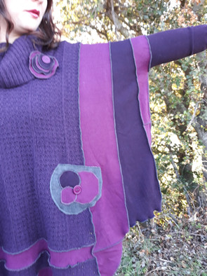 Pull oversize violet. Poches jean