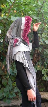 Capuche écharpe grise et bordeaux