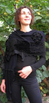 Capuche écharpe noire doudou