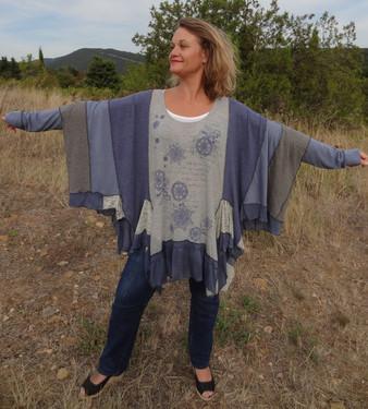 tunique oversize grise et bleu
