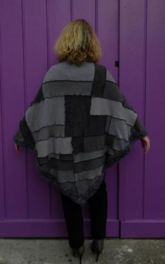 Grand châle patchwork gris