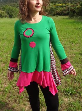 Tunique colorée verte et rose