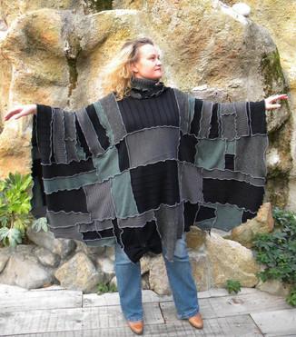 Poncho patchwork gris