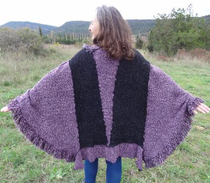 Poncho gris et violet