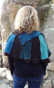 Chauffe épaule marron et bleu