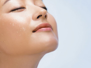 Korean Celebs' Secret to Keep Skin Dewy