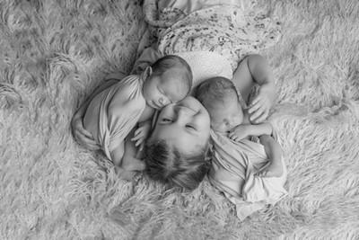 VIEW MATERNITY,  BIRTH & NEWBORN GALLERY