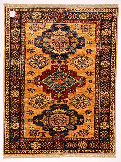 F221 - Gazne carpet