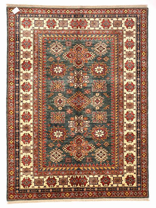 F241 - Gazne carpet