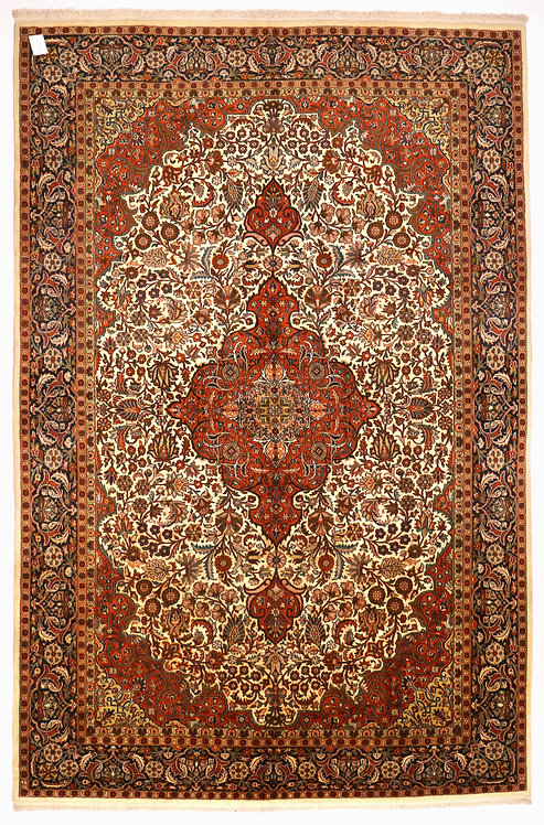 F268 - Kum carpet