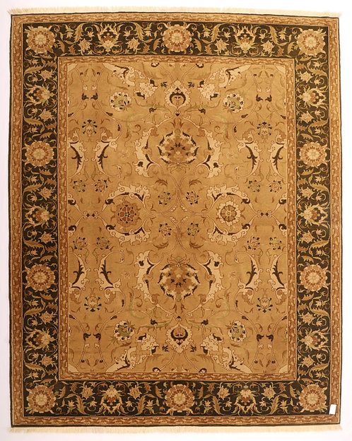 F337 - Ushak carpet