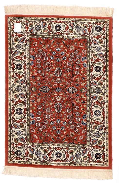 F227 - Hereke carpet