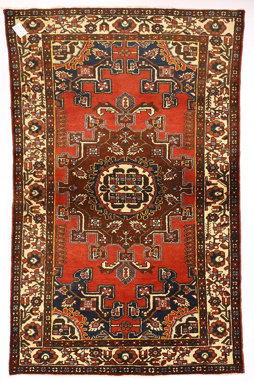 F220 - Hamadan carpet