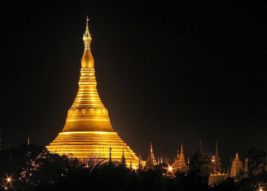 Shwedagon_Pagoda_niteD_edited.jpg