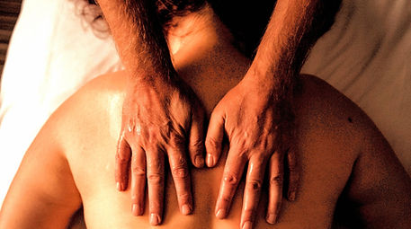 Sensual_Massage_Hands.jpg