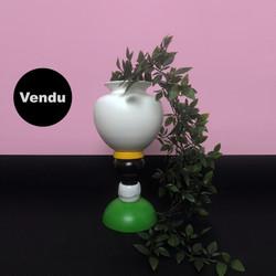 Vase 014 sur colonne DLG Sottsass