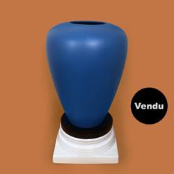 Vase 021 sur colonne DLG Sottsass