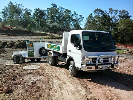 edgefencing tipper truck