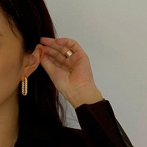 Rue Chain Gold Earrings
