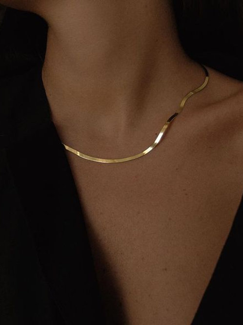 Kin Gold Chain Necklace