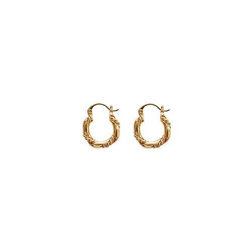 Chained Celi Gold Earrings
