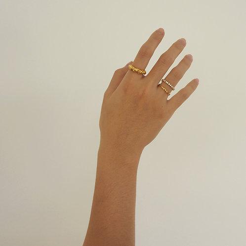Belle Gold Ring