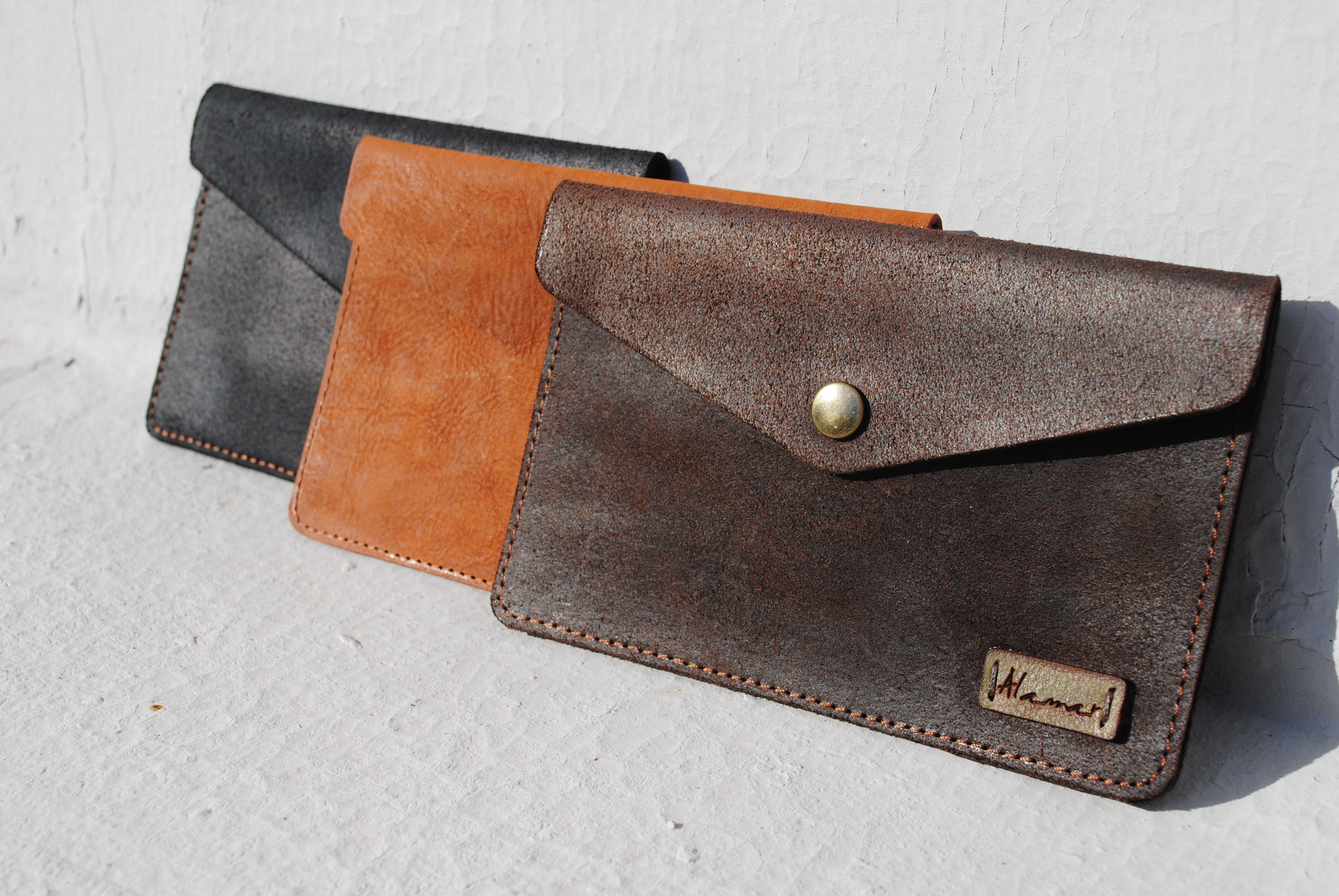 Pocket in leather crust