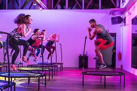 jumping-fitness_360076_m_xl_1024x460.jpg