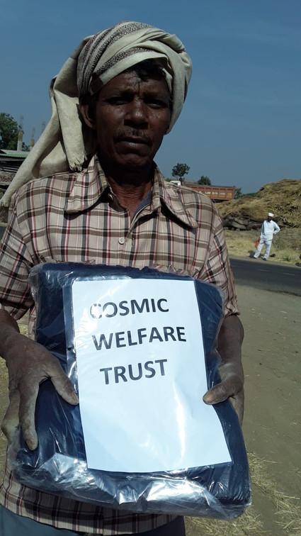 cosmicgrid-blanket-donation7.jpg