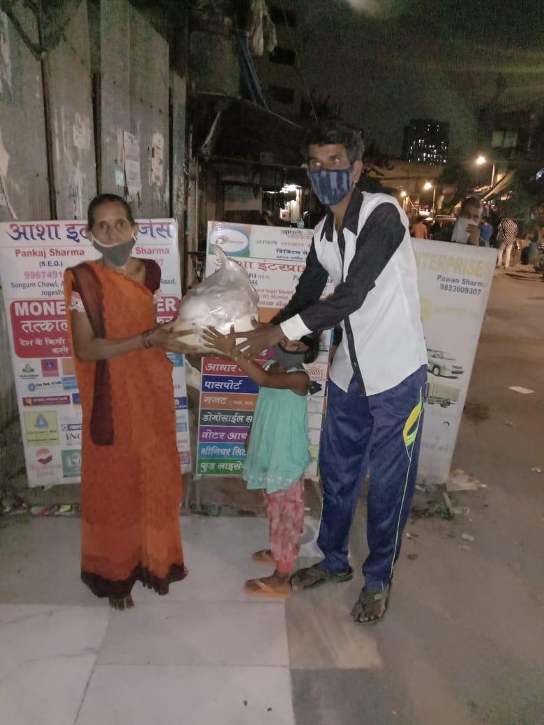 cosmicgrid-covid19-food-donation11
