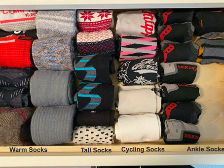 HOW TO: ORGANIZE YOUR SOCK DRAWER