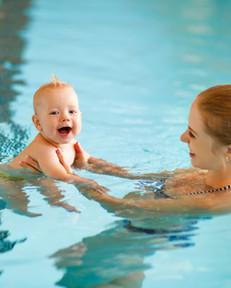 Baby-swimming-1.jpg