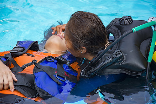 NAUI Rescue Scuba Diver Certification NES-VA012