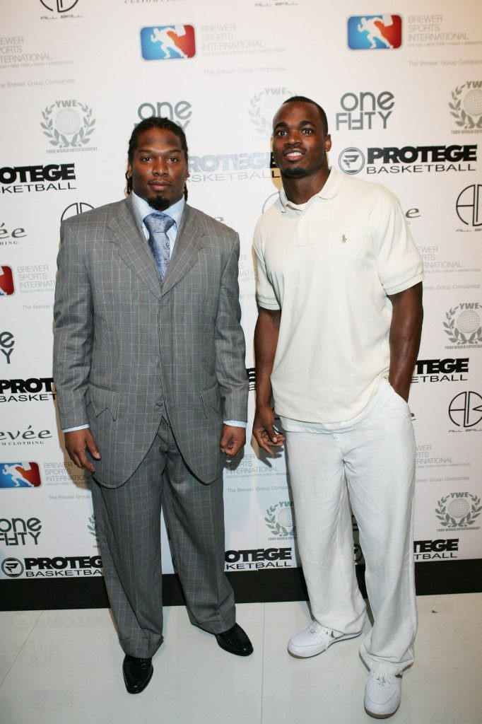 Adrian-Peterson-Marion-Barber-Image-Mast