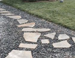 Flagstone Path in Gravel
