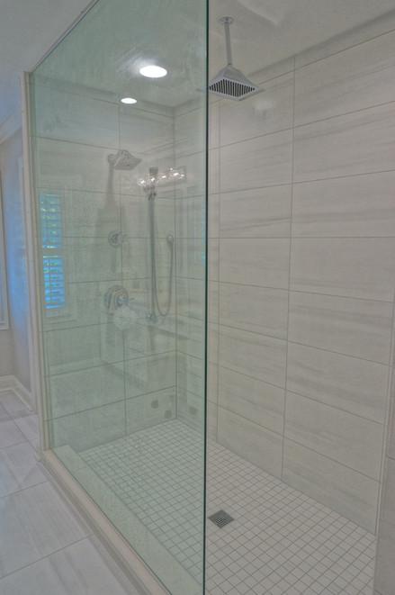 Custom Sheek Walk-in Shower