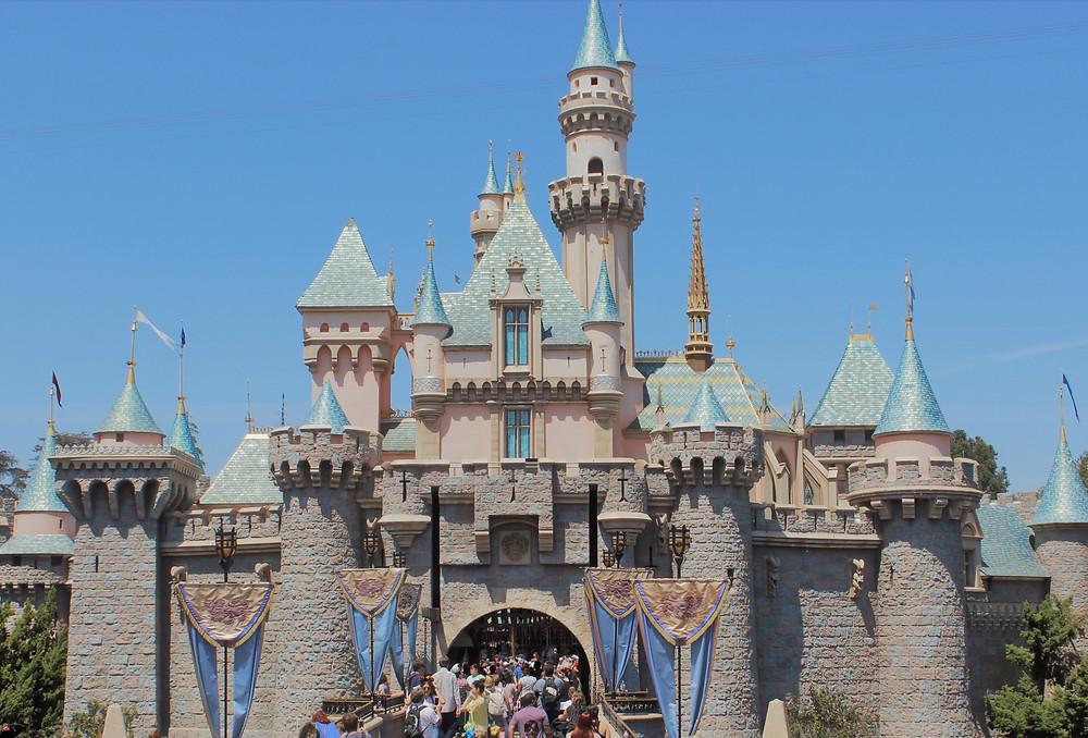 what should I pack for Disneyland or Disney World