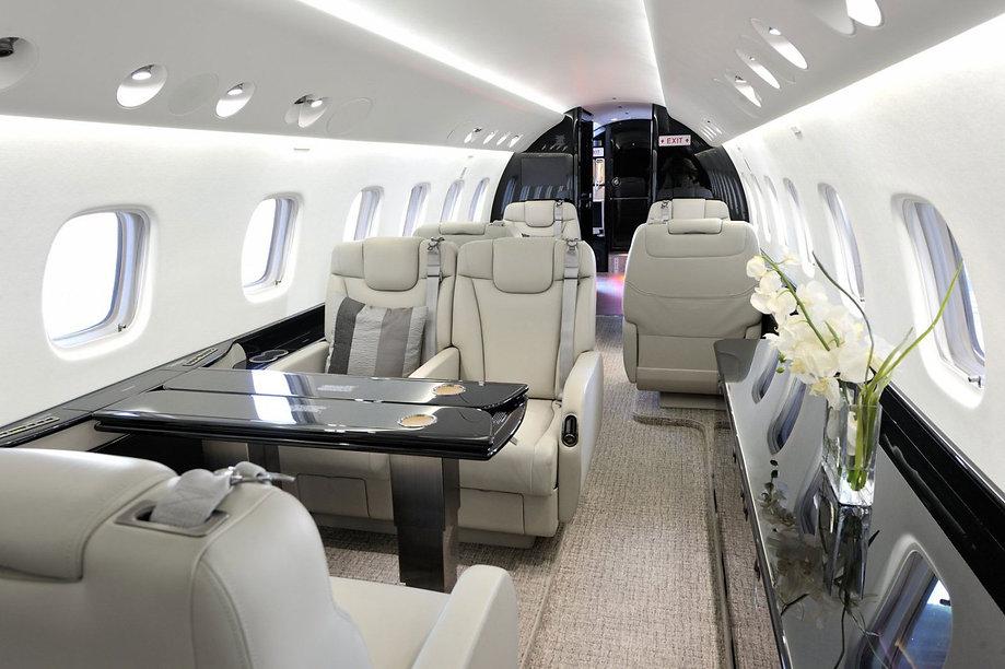 nettoyage-cabine-jet-prive.jpg