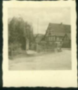 Altes Kriegerdenkmal Reisen.jpg