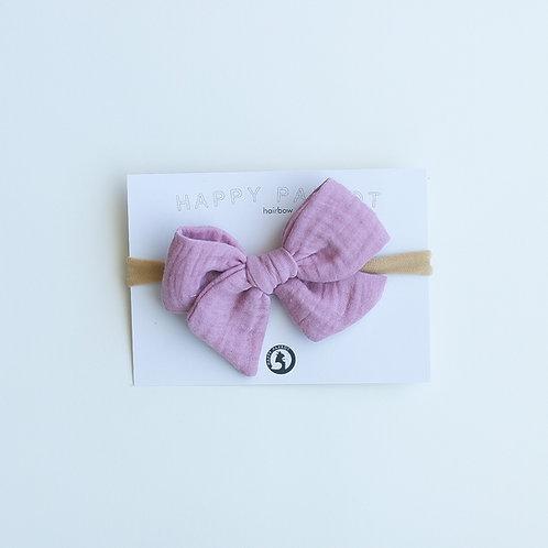 Spring violet rusettipanta