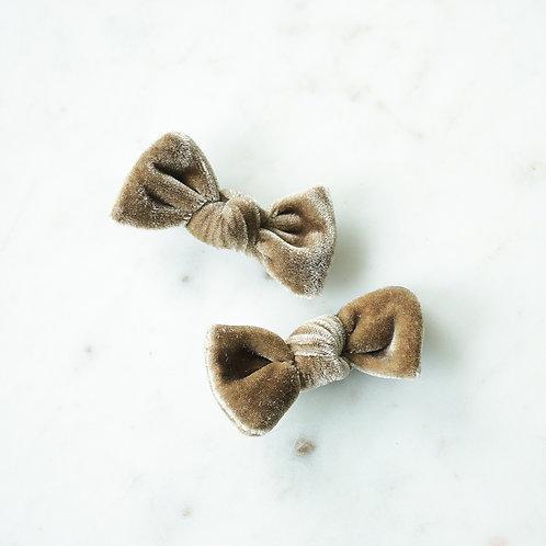 Mushroom velvet babyknot -pinnit