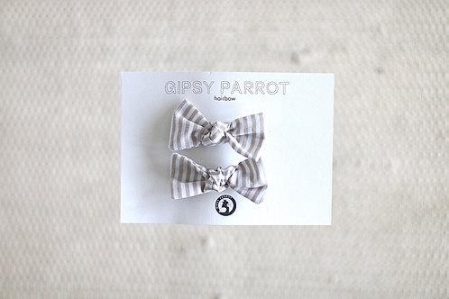 Beige stripes baby pinnit 2kpl