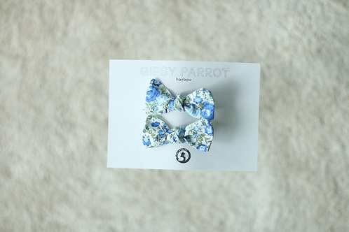 Blue&green blossom baby knot -pinnit
