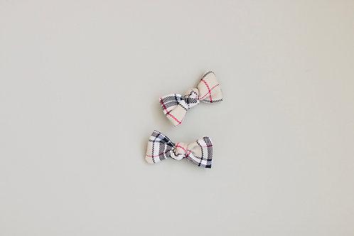Beige square baby pins 2pcs