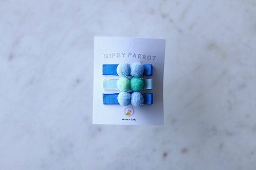 Bluengreen pom pom pin x 3