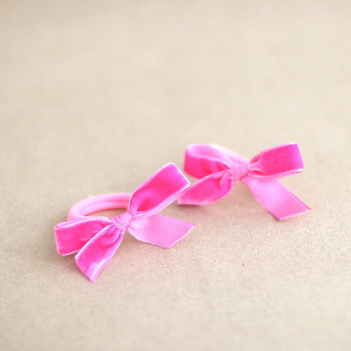 Pink ribbons, hairbands x 2
