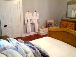 Dawson Suite - Queen Bed