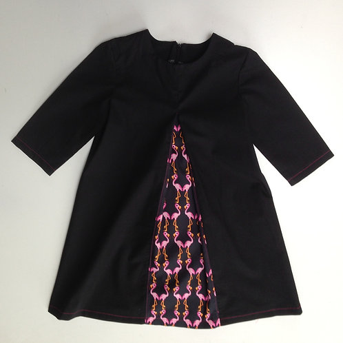 kleedje zwart/roze flamingo maat 116